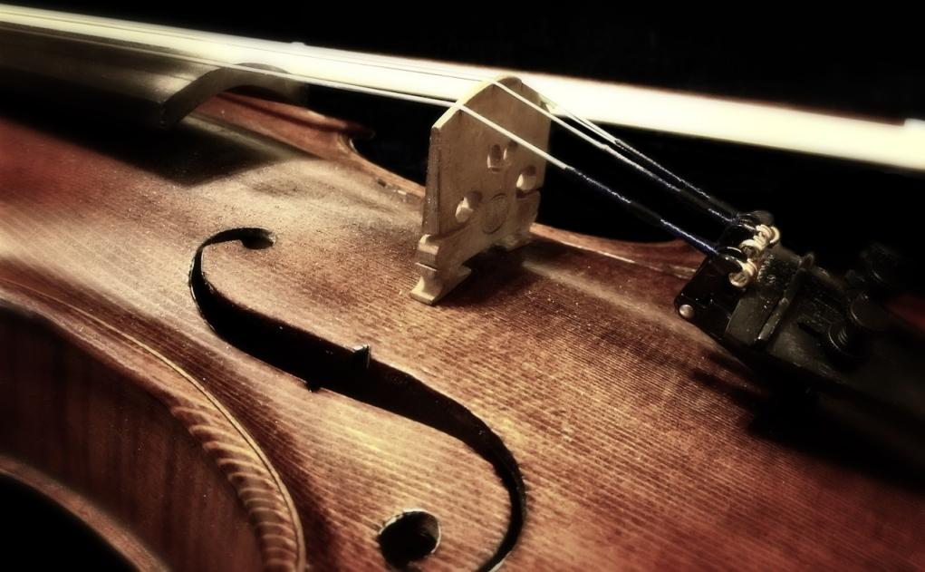 Requiem for a violin – Part III: Paths